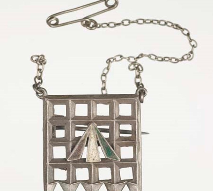 Accessories of Suffrage: Political Brooches and UnifyingColors
