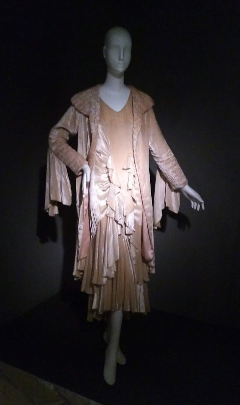 Fashion Unraveled, Exhibit Highlights