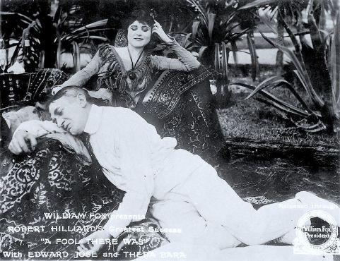 Publicity Still forA Fool There Was. Box Office Attractions Company / Fox Film Corp. ([1]) [Public domain], via Wikimedia Commons, 1915.
