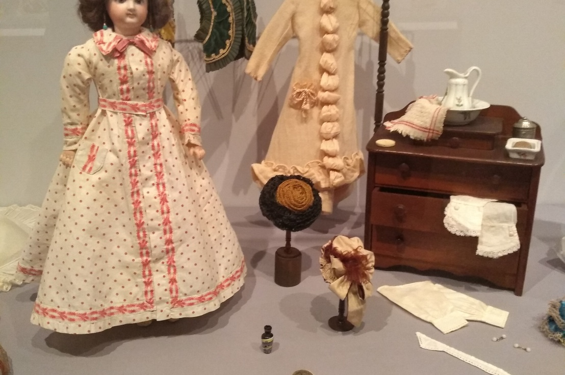 Little Ladies: Victorian Fashion Dolls and the Feminine Ideal; ExhibitReview