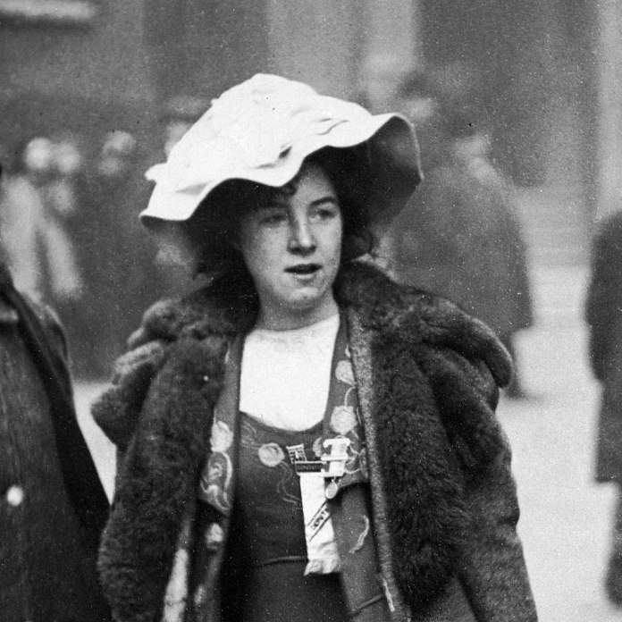 1024px-Suffragette_Mabel_Capper_Bow_Street_arrest_1912_(cropped)
