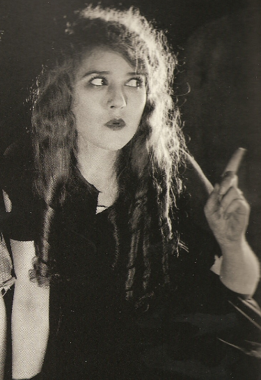 Mary_Pickford_in_The_Little_Princess